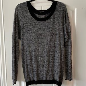 Hard tail knit sweater with open back